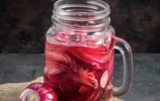 Picklad rödlök