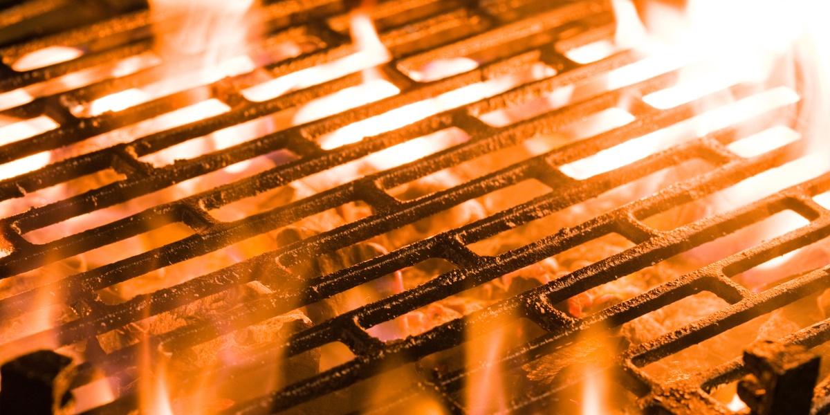 Så undviker du fettbrand i din grill